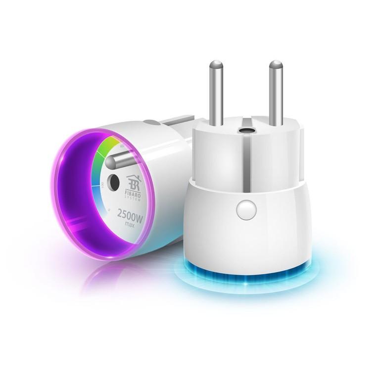 Модуль-выключатель в розетку FIBARO Wall Plug с измерением энергопотребления
